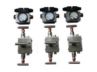 3 Way Manifold & DP Gauges
